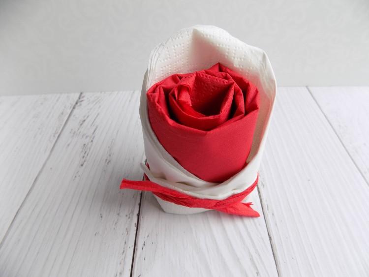 розы из салфеток инструкция